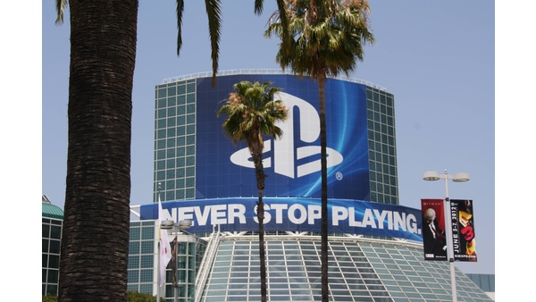 Bild der Galerie E3 2012 - Spiele-Werbung - Übergroße Plakate stimmen auf die E3-Messe ein