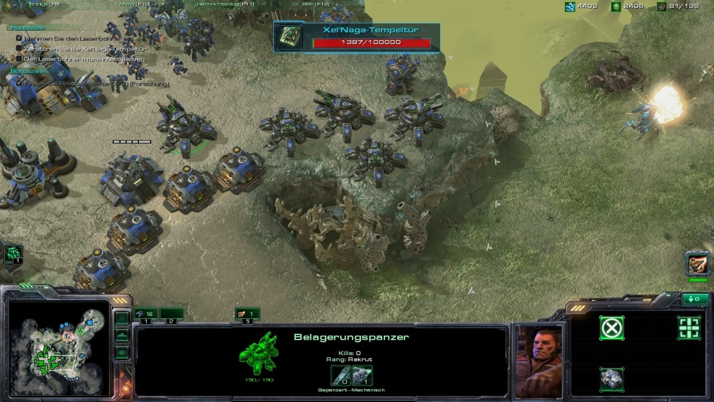 Starcraft 2: Wings of Liberty Belagerungspanzer verteidigen unsere Basis.