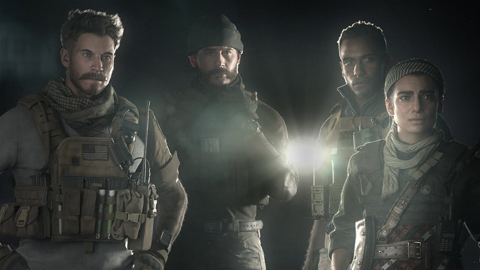Von links nach rechts: Operations Officer Alex, Captain Price, Sergeant Garrick, Commander Karim