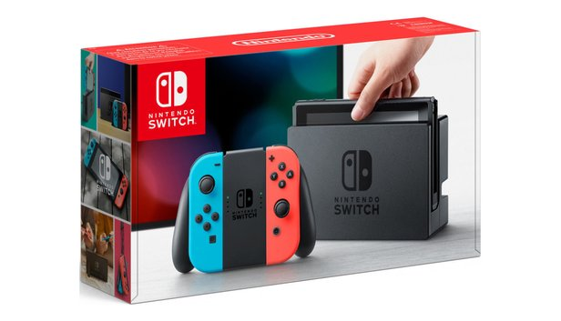 Nintendo Switch im Bundle mit Breath of the Wild.