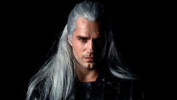 Henry Cavill spielt Geralt in der Netflix-Serie zu The Witcher.