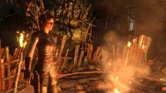 <b>Rise of the Tomb Raider: Baba Yaga: The Temple of the Witch </b><br>Lara ist zu Recht beunruhigt: Das Feuer ist das einzig angenehme im Wald der Baba Yaga.